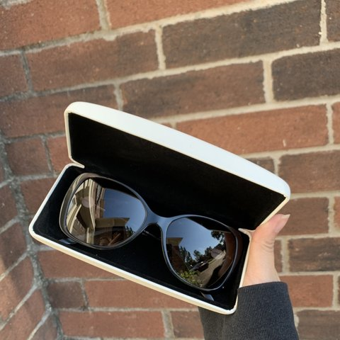 fb837f1ef4a7 @fionavous. 2 months ago. Sugar Land, United States. Versace sunglass | brand  new ...