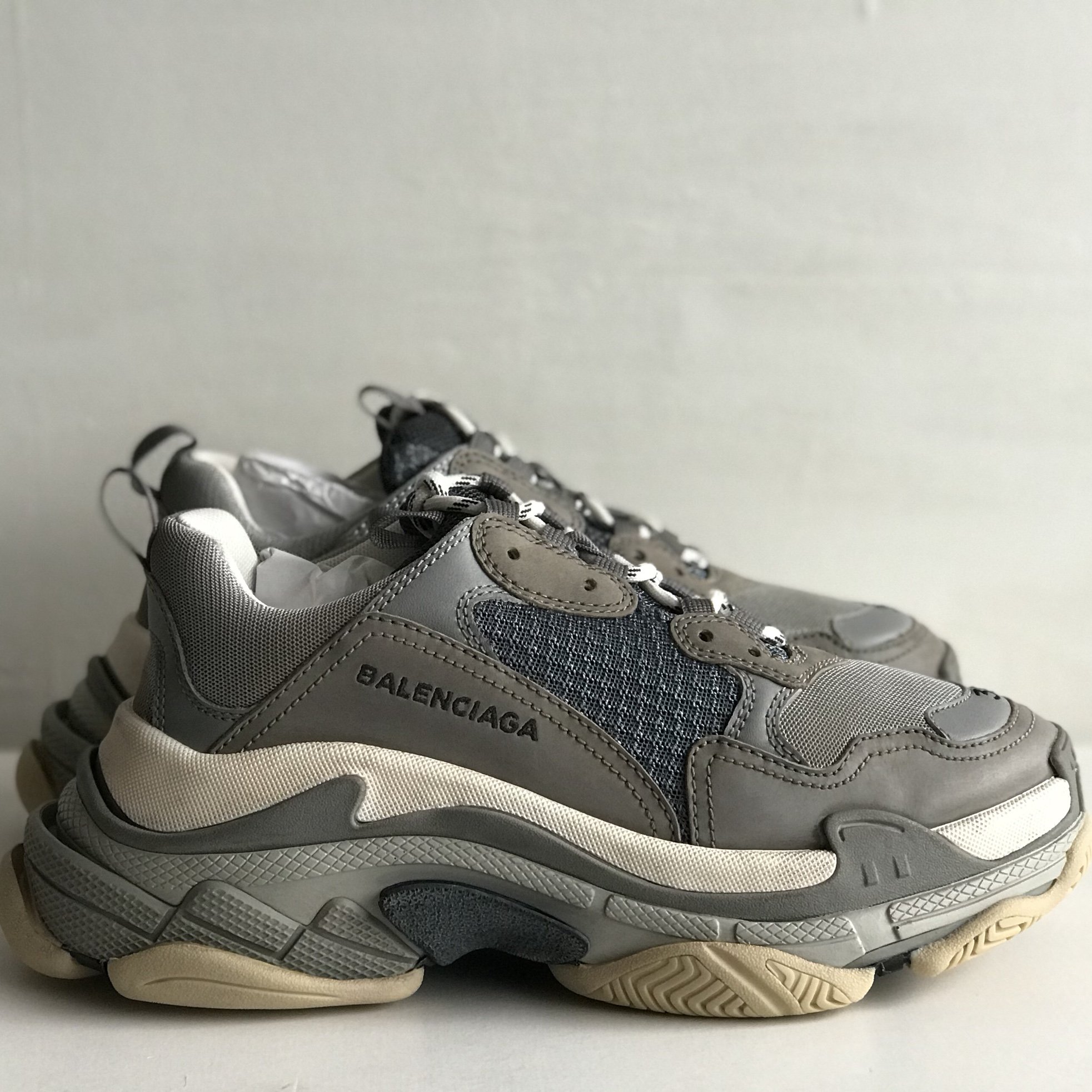 Balenciaga Triple S Niedrig Cut Sneakers 45 Trainers Made in