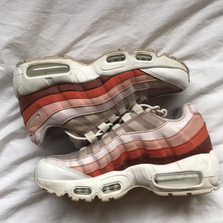 nike WMNS AIR MAX 95 BARELY ROSECORAL STARDUST VINTAGE