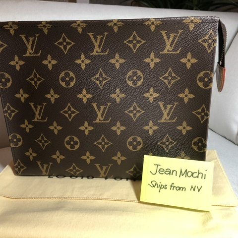 Authentic Louis Vuitton Toiletry Pouch 26 Like new 63b659ffb5c06