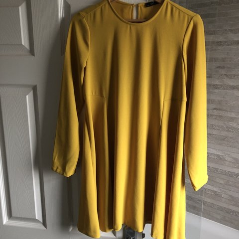 26af4453005954 Yellow Zara dress size S Small 8-10. Gorgeous fit   perfect - Depop