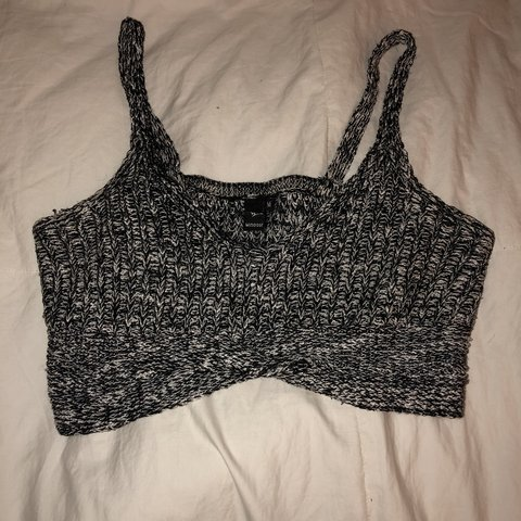 f053e995d06 windsor gray knitted bralette crop top. size medium - Depop