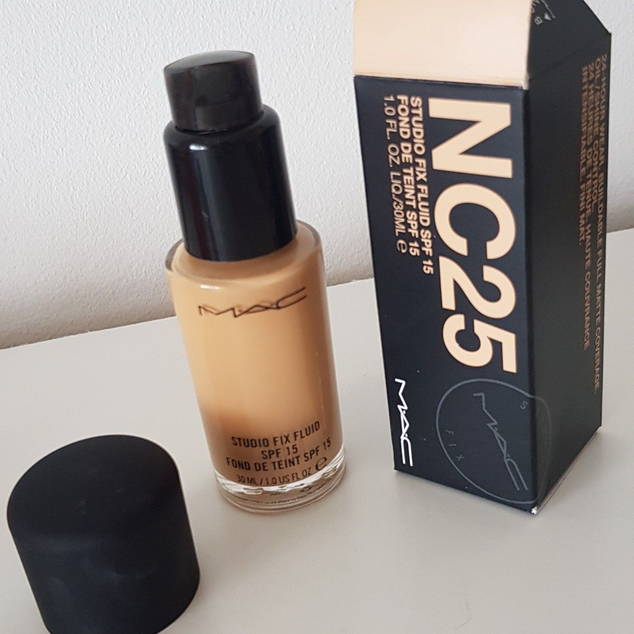Mac Studio Fix Fluid Foundation Shade Nc25 Pump Depop