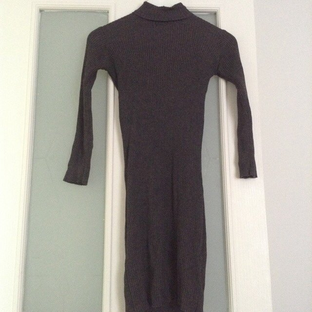 bc7dafa2 @chanzzplace. 5 years ago. London, United Kingdom. Zara roll neck ribbed  knit dress in grey size S, nice stretchy material could fit 6-10.
