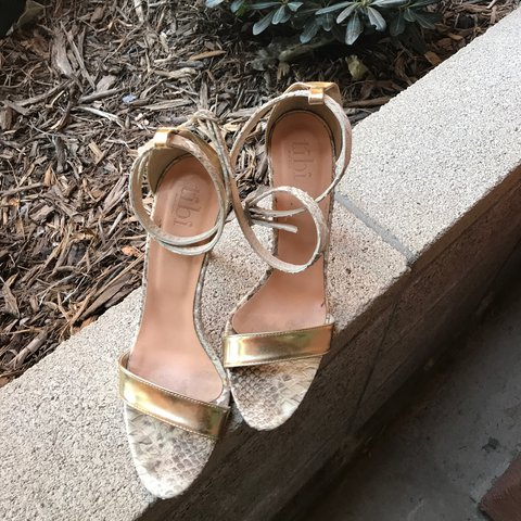 c9a4eb0a3b1 Tibi Amber ankle strap sandals with gold leather strap at at - Depop