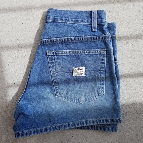 291a019025 @breeborzu. 2 months ago. Kansas City, Clay County, United States. Old navy  size 4 women's blue jean shorts.