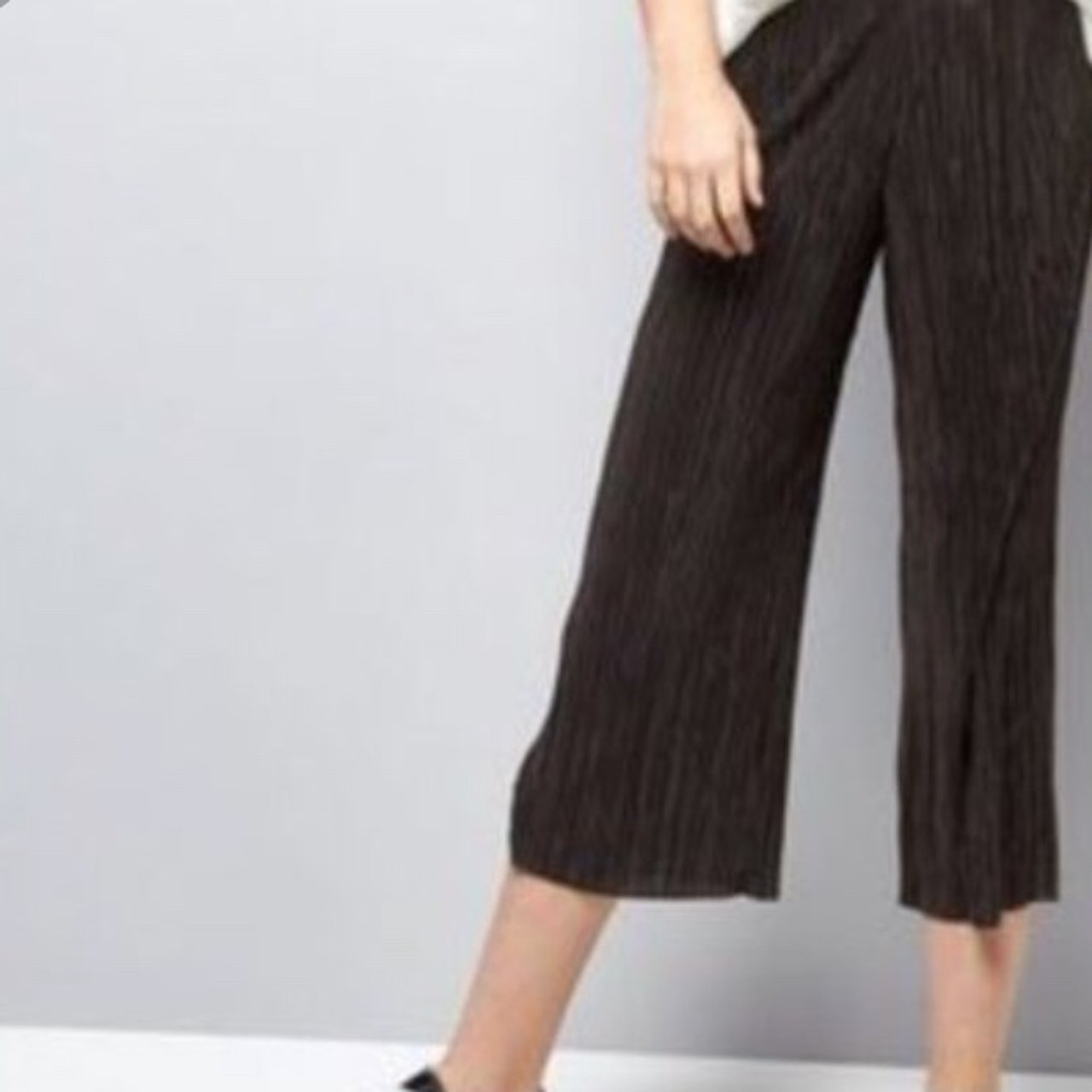9f0eaa954393 Black plisse pleated culotte / cropped trouser BRAND NEW fit - Depop