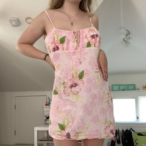Super cute y2k pink floral dress