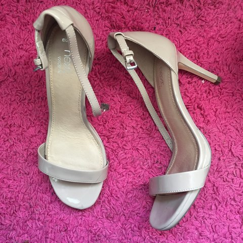 bb26e1bcf9c next wide fit heels size 6 1 2. very comfy worn once. bought - Depop