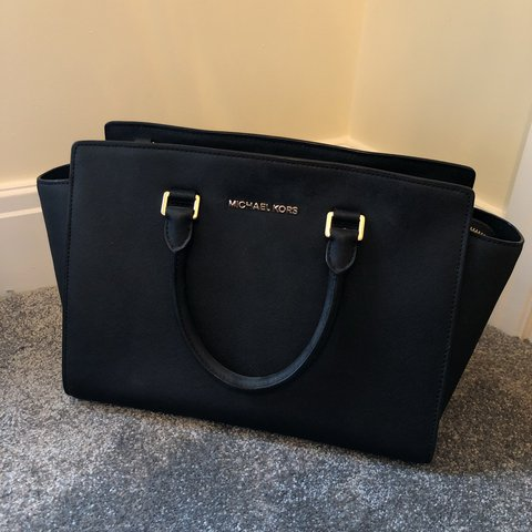 73c8b567d @kateheartsit. last year. Rugby, United Kingdom. Michael Kors Selma Leather  Zip Top Satchel Bag Black with gold hardware
