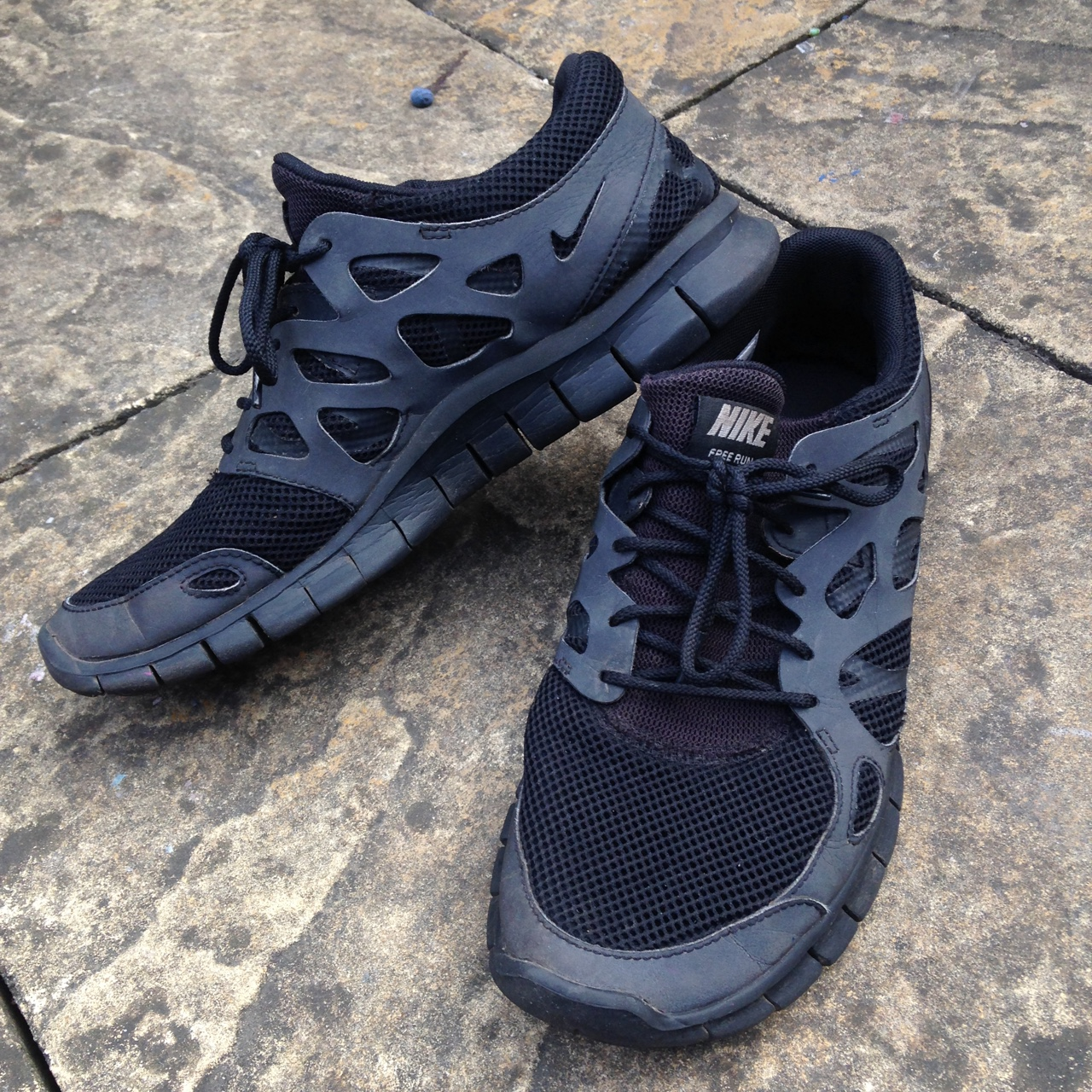 huge selection of 28789 bce58 Nike Free Run 2 Triple Black Reflective Trainer - UK... - Depop