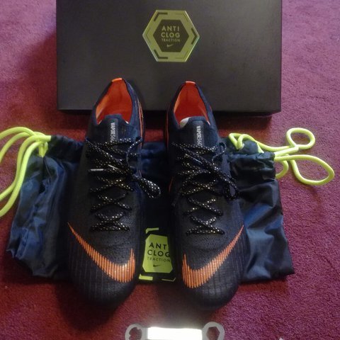b124ea37c Nike mercurial vapor 12 elite SG-pro Anti Clog traction worn - Depop