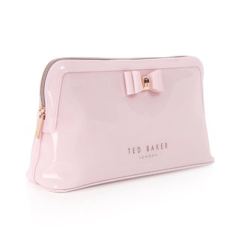 7991109f49a3 Ted Baker bow pink large wash bag.   Brand new