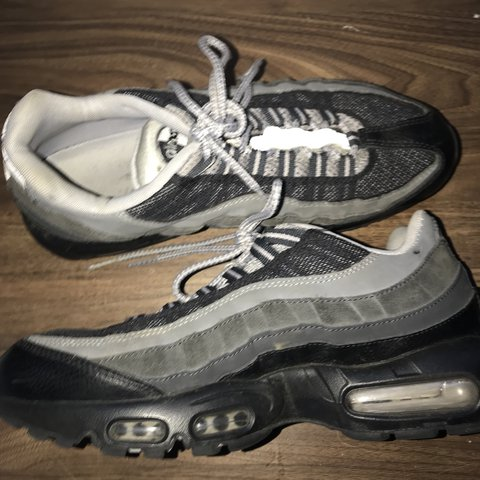 7109ff78b8d Nike air max 95 UK SIZE 8.5 8 10 condition Want 45 plus - Depop