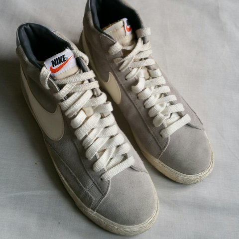 Nike Blazer High Top Trainers Grey Suede UK 7, EU 41 Used - Depop