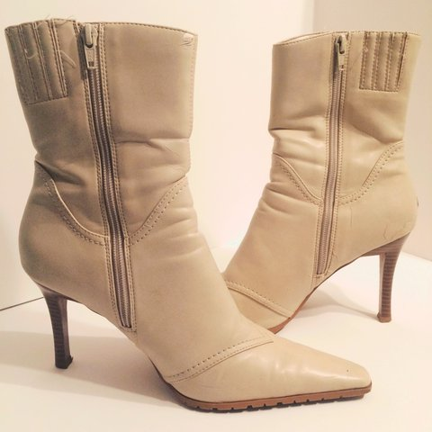 f71bf2229a09 Adorable nude boots to rock with some ripped skinnies! GUC