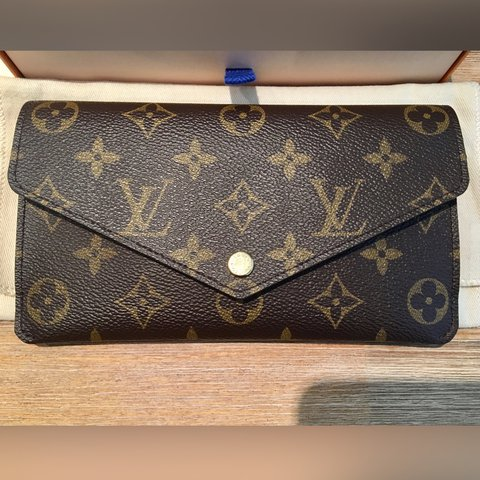 91f04cd7d79c Louis Vuitton 🌟Jeanne Wallet in Monogram canvas with Also   - Depop