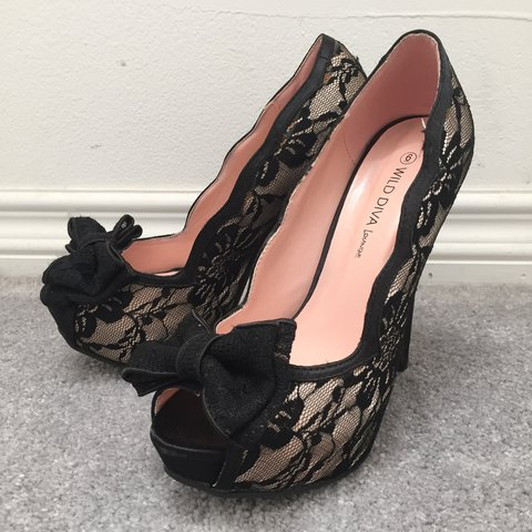 ed6975db251c WILD DIVA lounge peep toe heels. black and nude lace with i - Depop