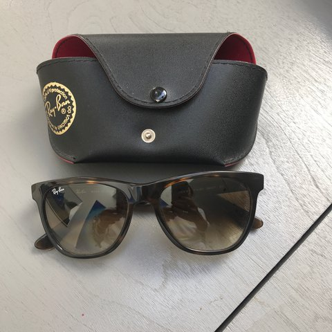 9f0521be3 @ilana555. 2 years ago. London, United Kingdom. Never worn brand new Ray-Ban  sunglasses.