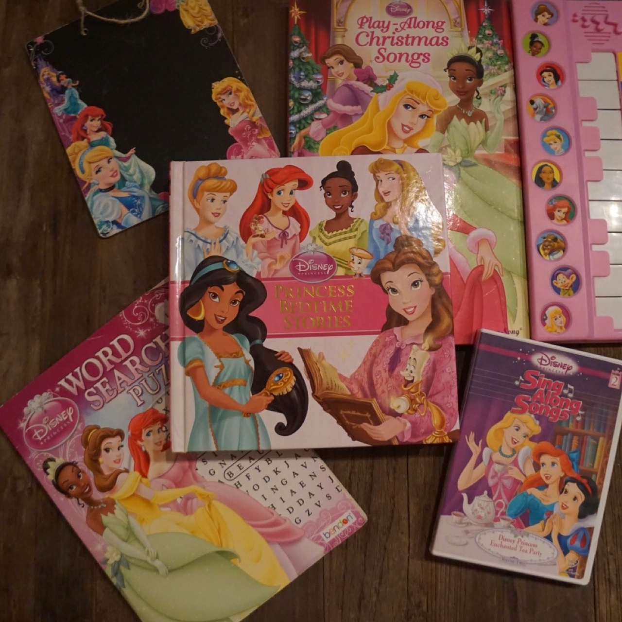 Disney Princess Sing-a-Long with Piano, Complete    - Depop