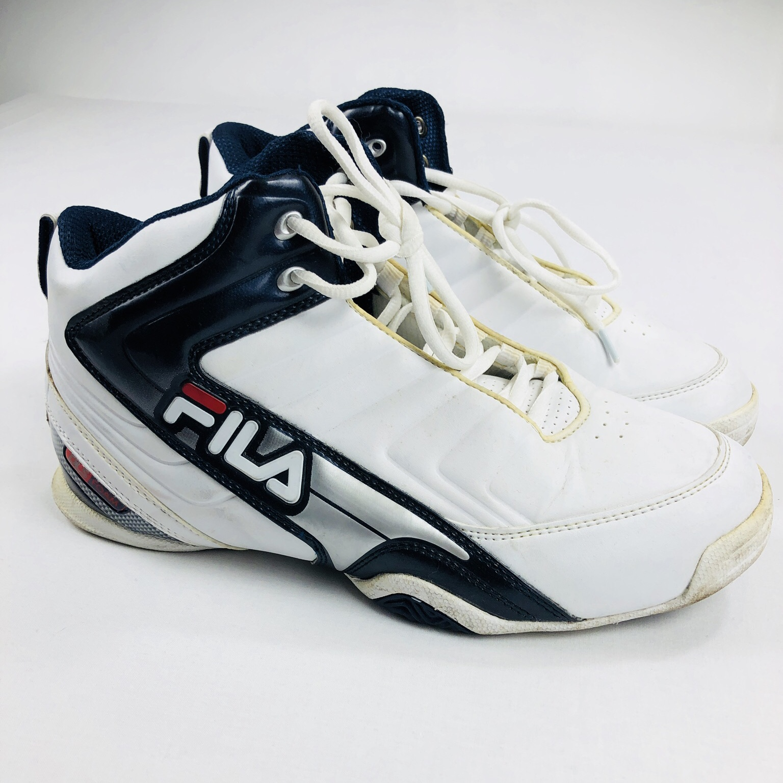 Retro FILA basketball trainers in great condition Depop