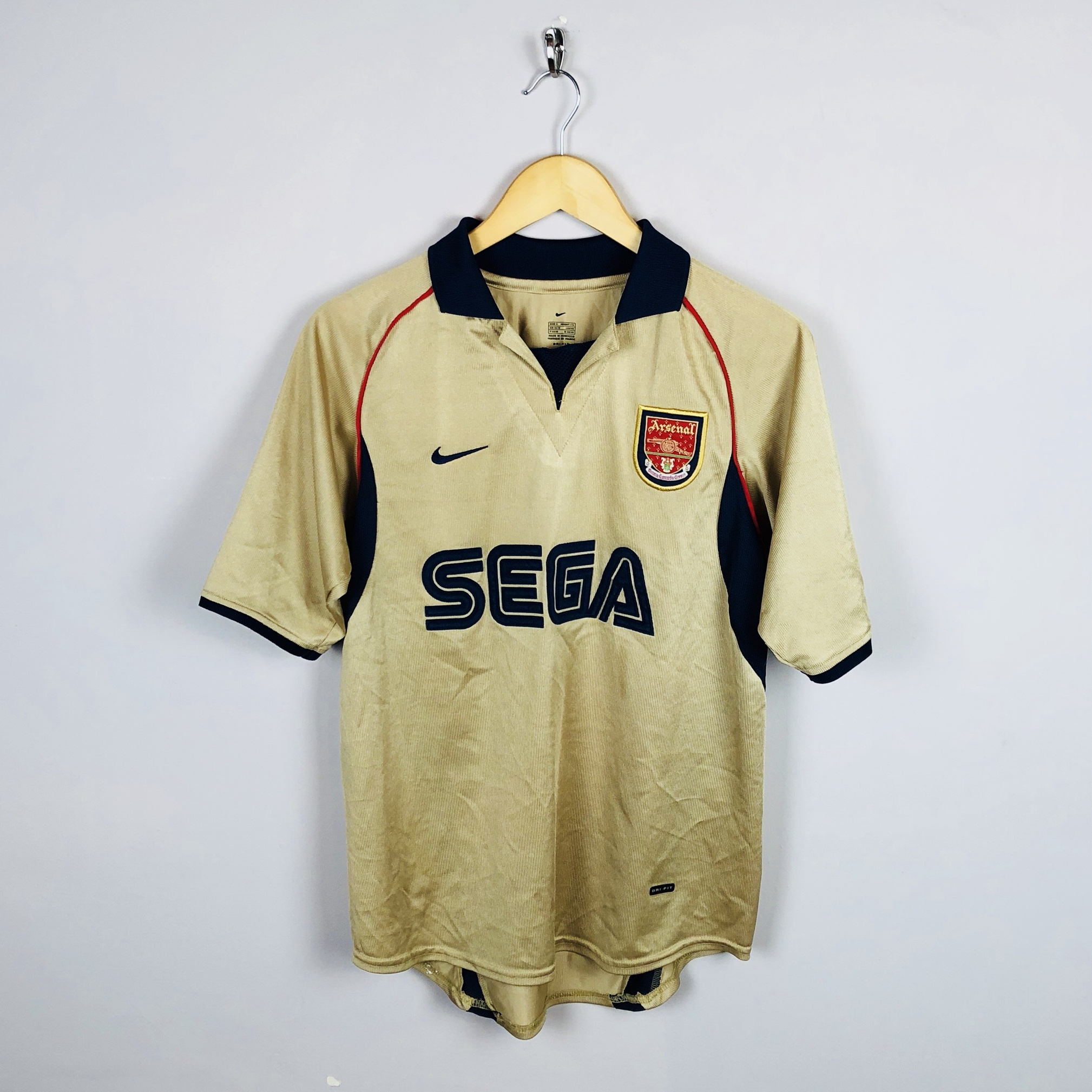 best website 14ddc 61ed9 Gold Nike Arsenal away kit 2001/02 in good condition... - Depop