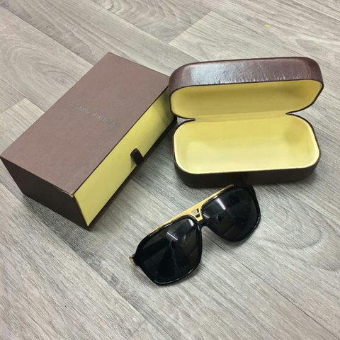 c125beec1162  alanyawrightluxury. 2 years ago. United Kingdom. Mens Louis Vuitton  Evidence Sunglasses.