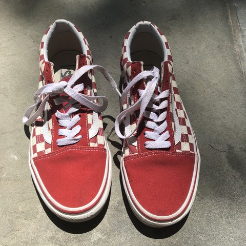199e74e49ac955 Red checkered Old Skool Vans. Worn a handful of times