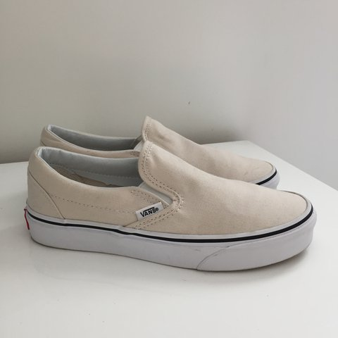 2b80552d9640 Vans off the Wall slip ons. Great condition. Worn once scuff - Depop