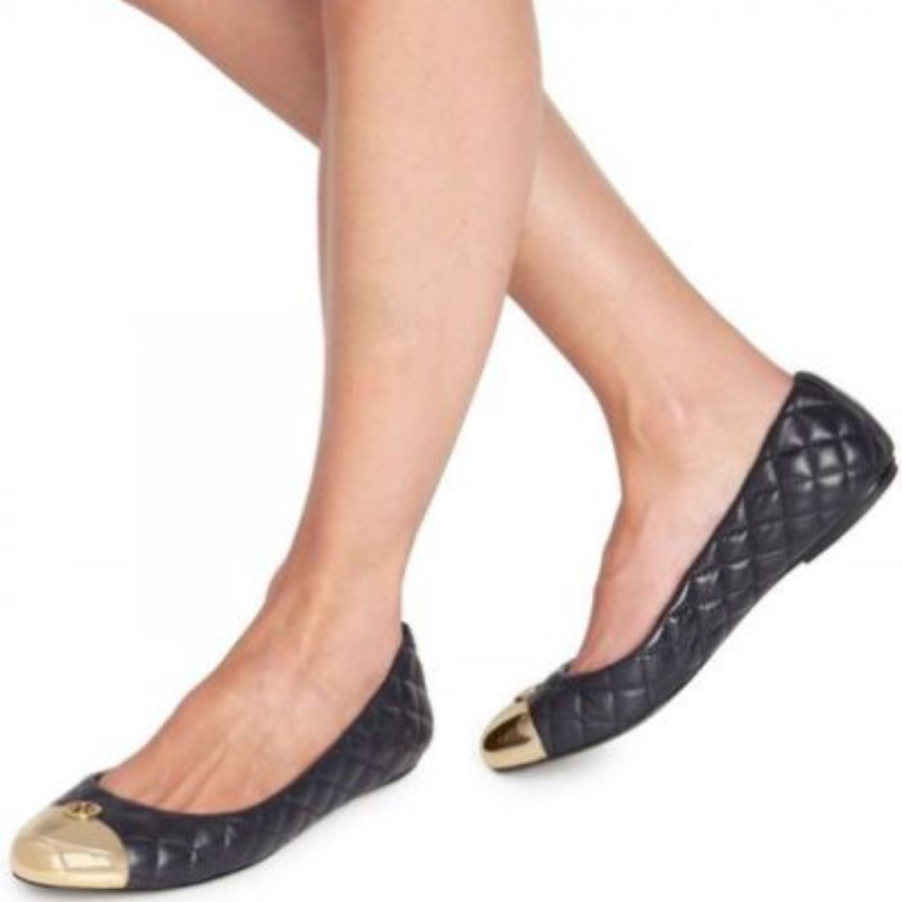 b26e9c2153a Tory Burch Kaitlin Quilted Black Ballet Flats Black quilted - Depop