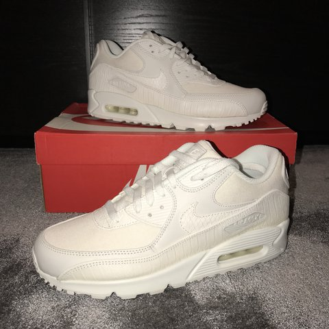 ea99f75c0c Nike air max 90 snake pack white Comes with box Size are be - Depop