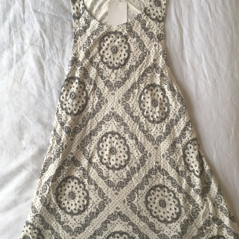 f308e4f71caf H and m Paisley top. Brand new with tags - Depop