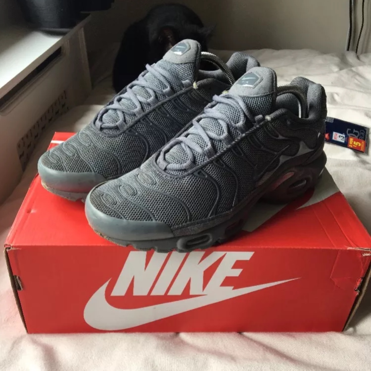 the latest b9121 5be42 Mens all grey nike tns (Rare) size UK 8 - great... - Depop