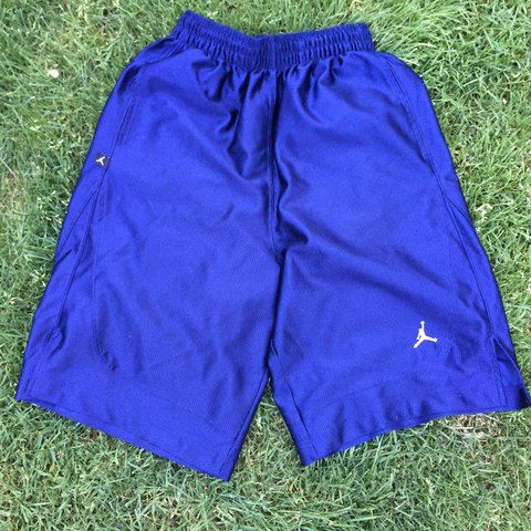 4c2b328643db 🔥Navy Blue Jordan shorts🔥in excellent condition