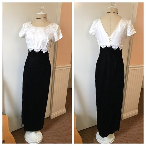 5c07ebb1d38b Vintage dress by Jessica McClintock! Black velvet and white - Depop