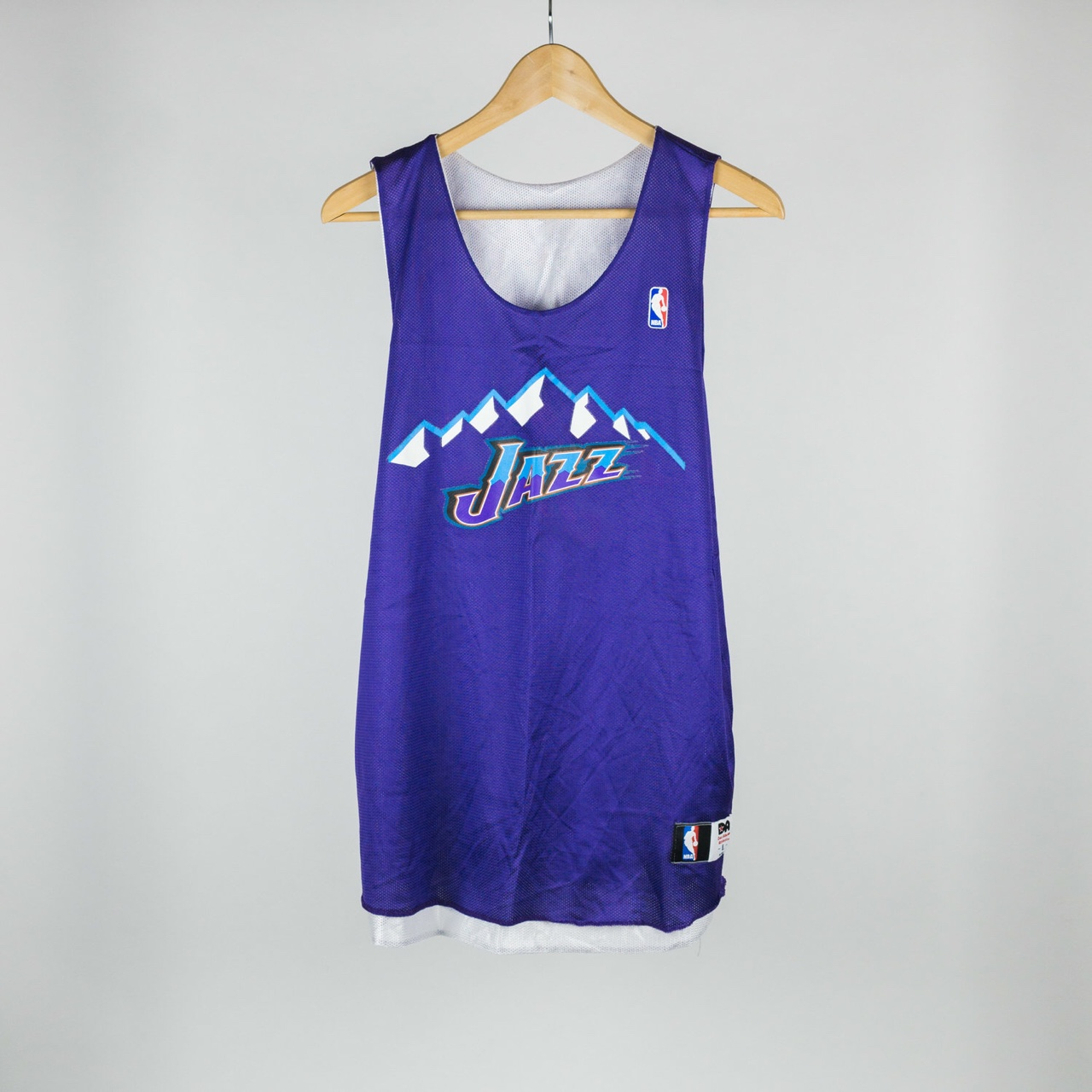 reputable site df9a0 e927f NBA Utah Jazz Reversible Practice Jersey L Mesh... - Depop