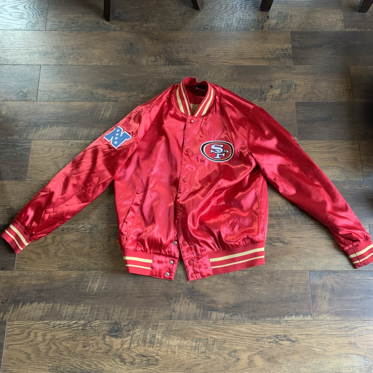 723bead4 @tylarpomroy. 2 days ago. Philadelphia, United States. PRICE DROP!! San  Francisco 49ers Nike jacket, in great condition ...
