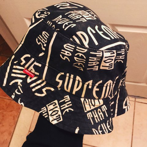 Whats Up Got This Dope Supreme Bucket Hat Is 7 10 40