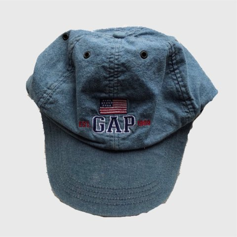 fedcd0f707c 90 s GAP denim dad hat. Good condition on the outside