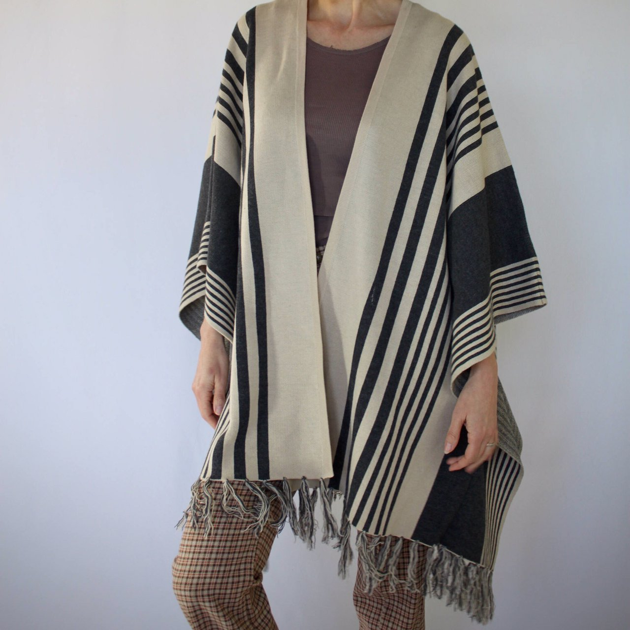 d6f6af7fe1 Super cute oversized poncho. Beige and grey. Acrylic and for - Depop