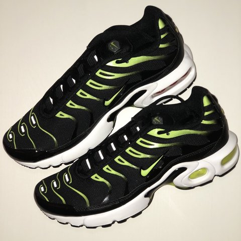 3a755c1501 Nike Tuned 1 - Black/Green Tns 🔥Brand new with box and of - Depop