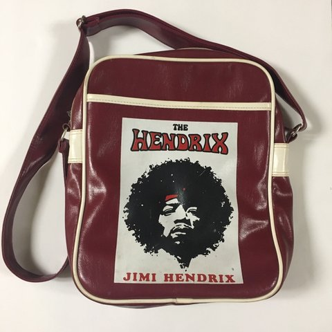 2bb36bffe9d6 Adjustable bag Price is negotiable only if through hendrix - Depop