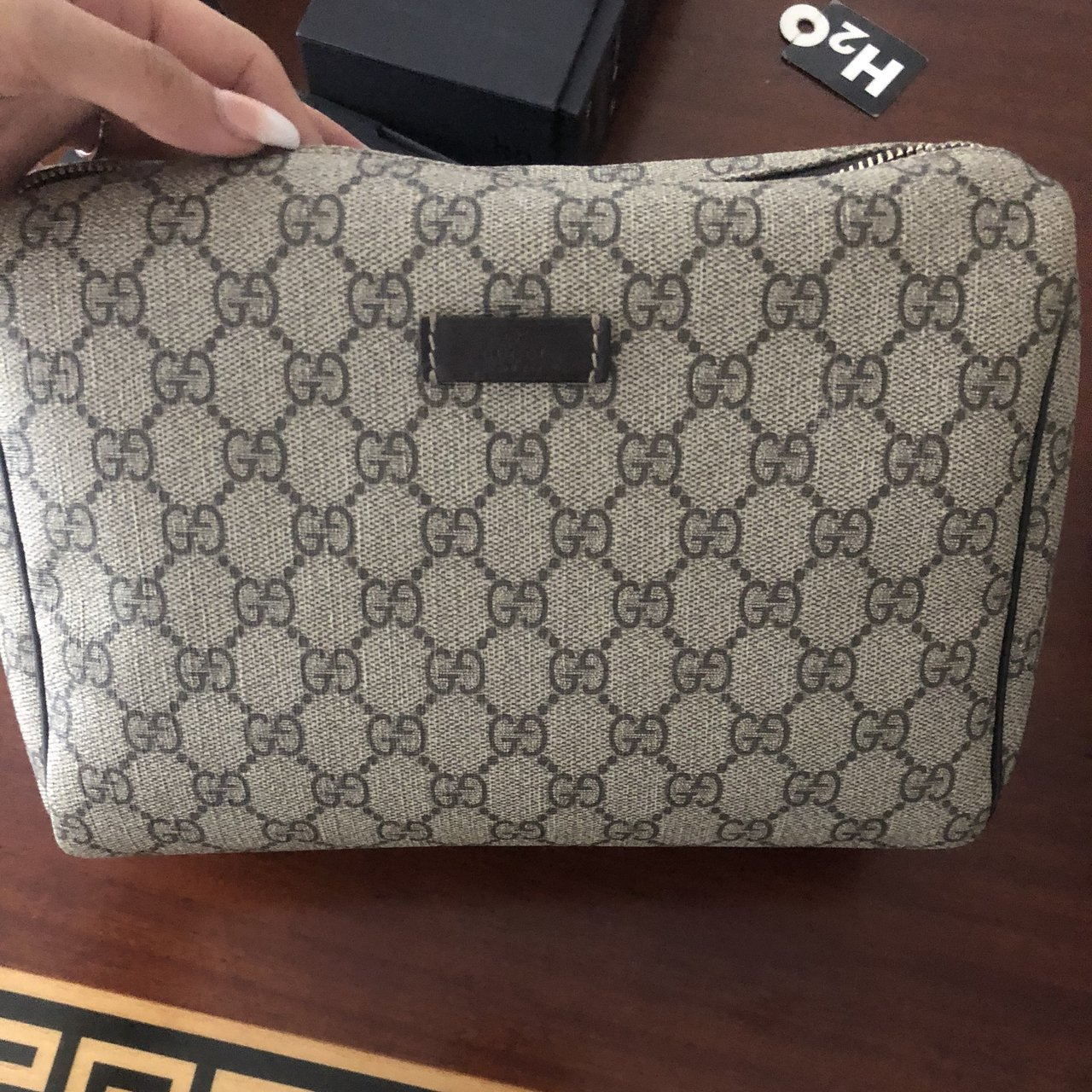 160a90b5dce9 Gucci toiletry bag . Perfect