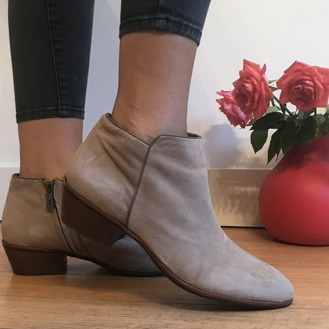 cee61a7154d7 REDUCED Genuine Suede Sam Edelman ankle boots. So dreamy and - Depop
