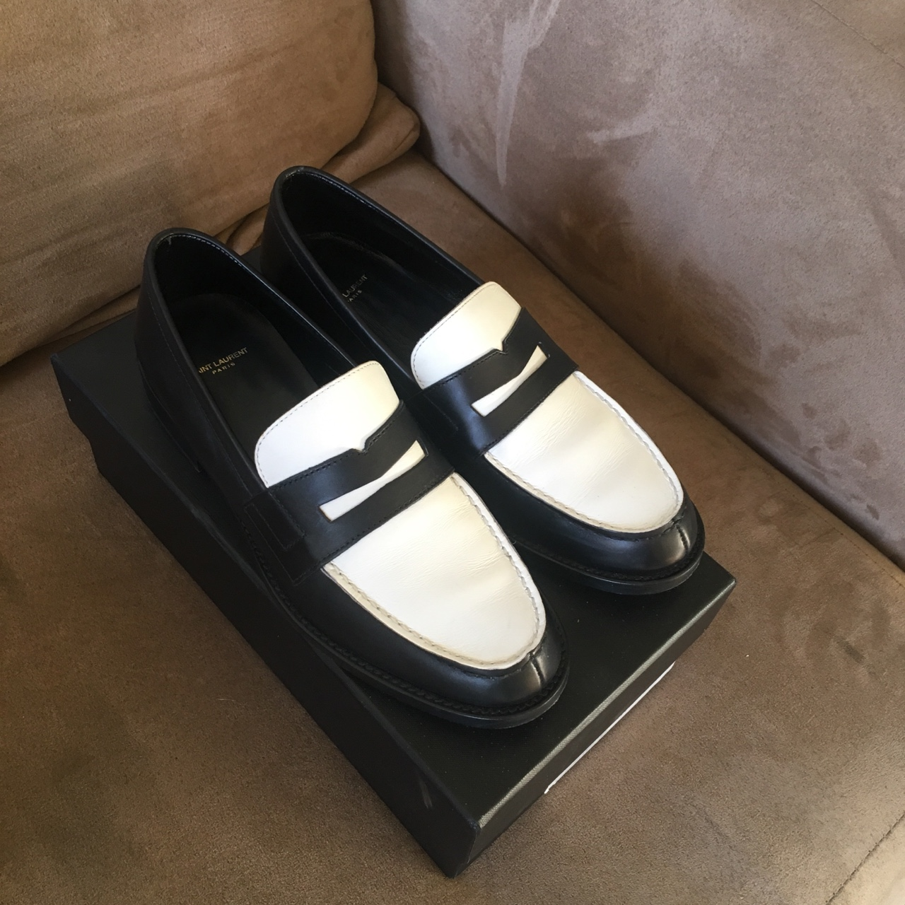 279dce9b4b511 breakfastteam. Los Angeles, United States. Saint Laurent two tone penny  loafers ...