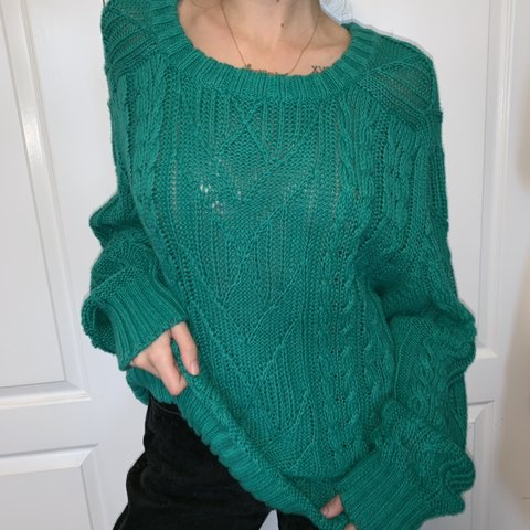 2f24f7ff3 Cozy oversized green cable knit vintage sweater! Gorgeous on - Depop