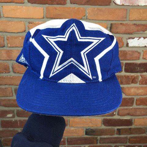 6a8132d77 Vintage 90s DALLAS COWBOYS APEX ONE LARGE STAR LOGO SNAPBACK - Depop