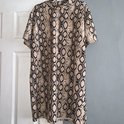 fc176fea7f2 Miss guided snake print t-shirt dress Size 10 but will fit a - Depop
