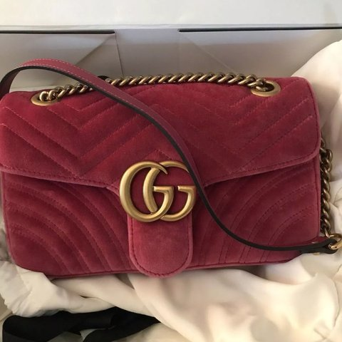 7a8291f9eaad 🌸👛 Gucci velvet marmont bag 👛🌸 raspberry pink colour GG - Depop