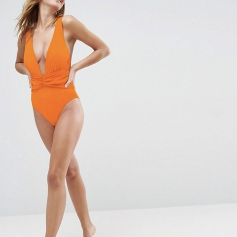 d0db68484ecd0 @roshgallagher. 17 days ago. London, United Kingdom. ASOS DESIGN recycled  Plunge Ruched Front Swimsuit